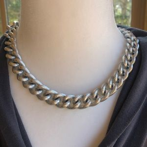 Jewelry - Metal chain link necklace